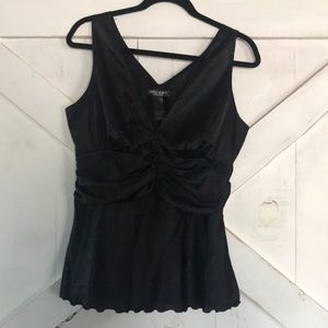 5/$25 Sleek Black Sleeveless Blouse